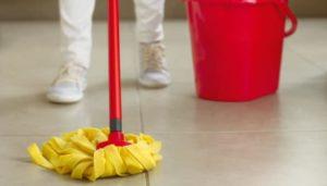 como quitar grasa del suelo con amoniaco