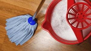 como limpiar parquet estropeado