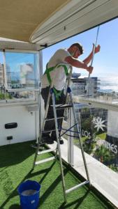 limpieza-ventanas-por-fuera
